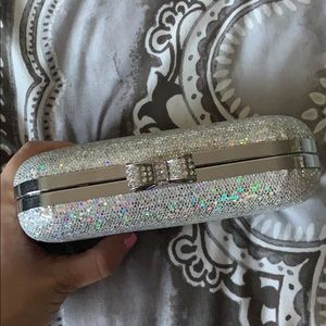 Claire's Bags - Silver clutch